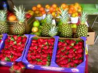 farmer-market-fruit