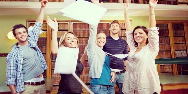 libarycollege-student-avonmorecom (1)