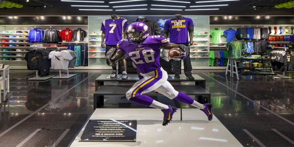nike-yardline-opening-at-champs-sports-mall-of-america-SPORTING-GEAR-avonmore
