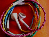 tangle_free_headphones_bio -craft-avonmore